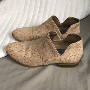 Dr. Scholl's Shoes - Dr Scholls suede booties